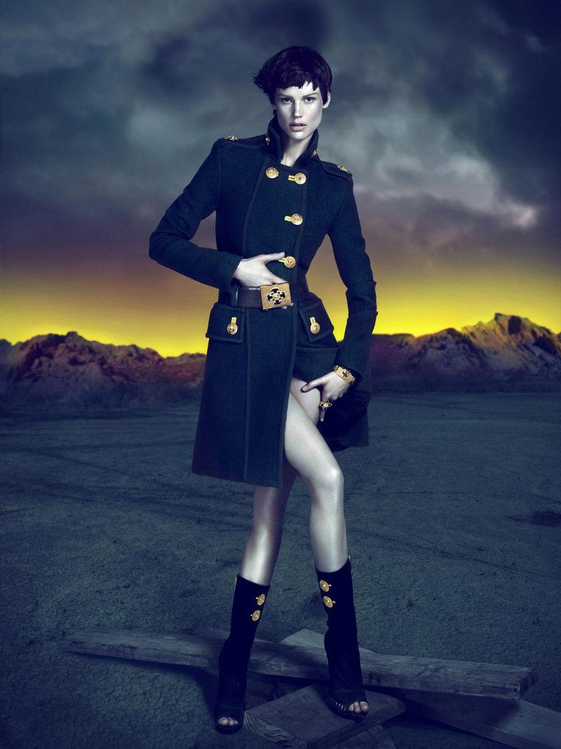 versacecampaign6 Versace za jesen 2011.