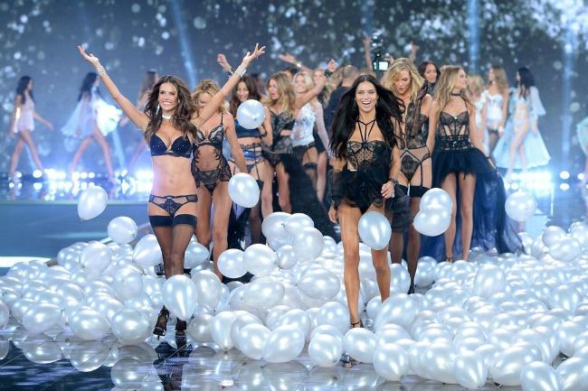 odrzana godisnja revija brenda victorias secret 14 Održana godišnja revija brenda Victorias Secret