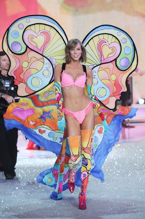 slide 325343 3116754 free Viktorijini anđeli raširili krila
