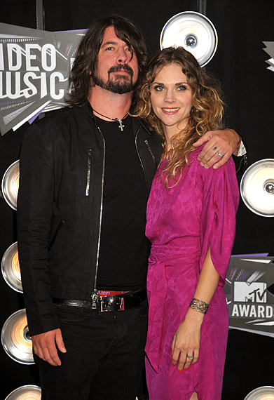 dave grohl and jordyn blum Fashion Report   Video Music Awards