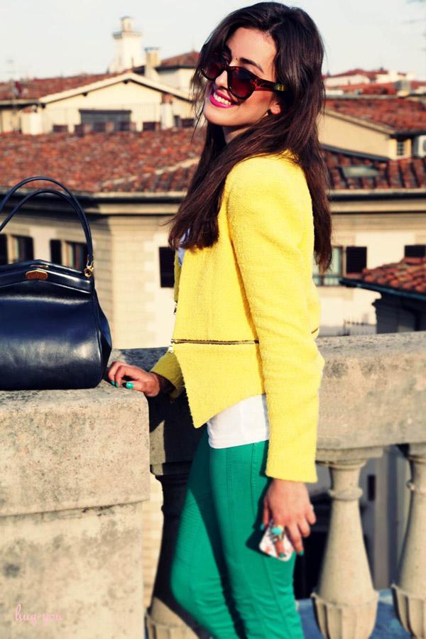 sylvia haghjoo in florence vintage christian dior bag hug you blog1 Wannabe intervju: Sylvia Haghjoo, modna blogerka