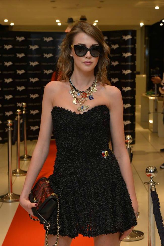 10 XYZ Premium Fashion Store