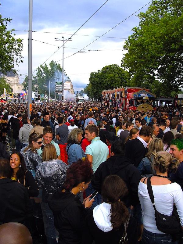 zurich parade 4 copy Zurich Street Parade: 20. godina