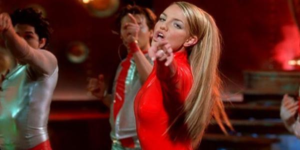 oops i did it again 2000  Zvezdani preobražaji: Britney Spears