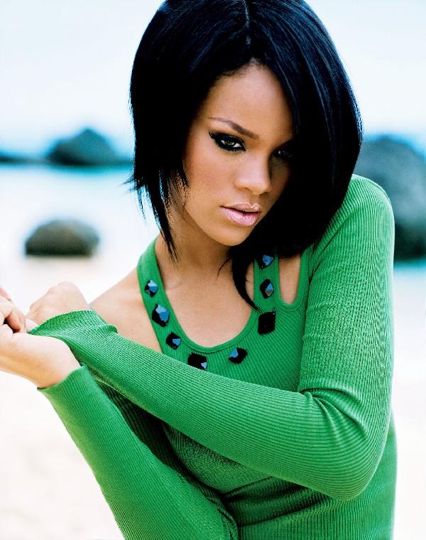 rihanna augst 2011 Zvezdani preobražaji: Rihanna