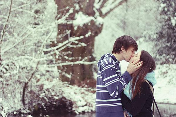 10  poljubac 10 neophodnih stvari za doček Nove godine na trgu