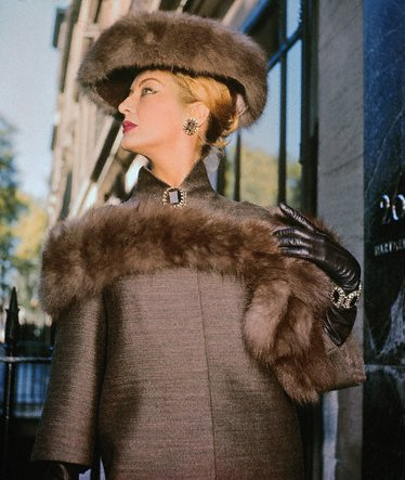 1959   Norman Hartnell fashion from London.1959 Moda kroz 20. vek (1950.   1990.)