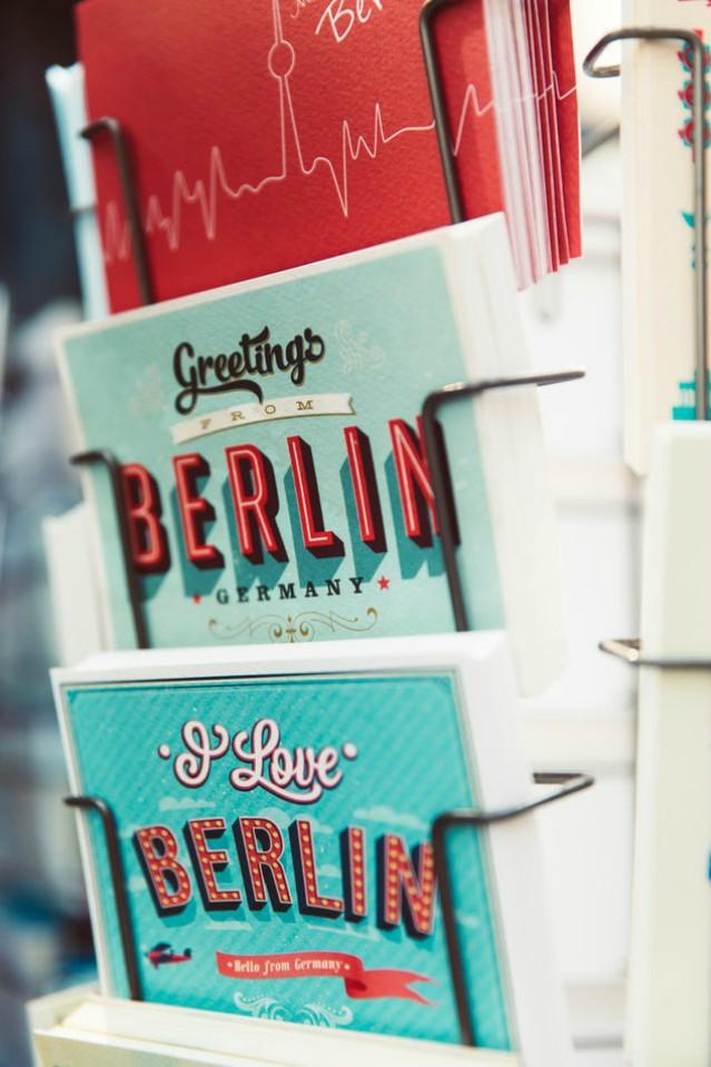 Dating berlin knjiga