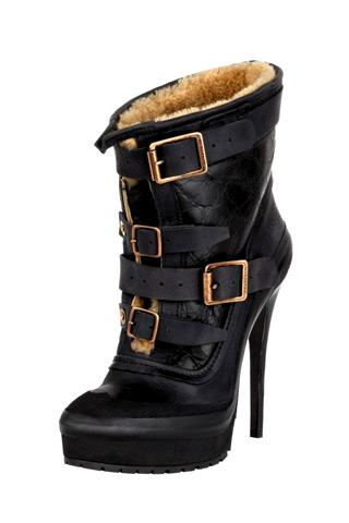 burberry prorsum boots Predlažemo: Must have za zimsku sezonu