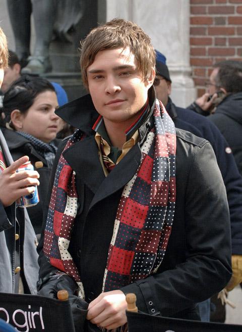 80314p2 westwick b gr 01 gossip girl ed westwick scarf Najbolje obučeni muškarci u 2010. godini