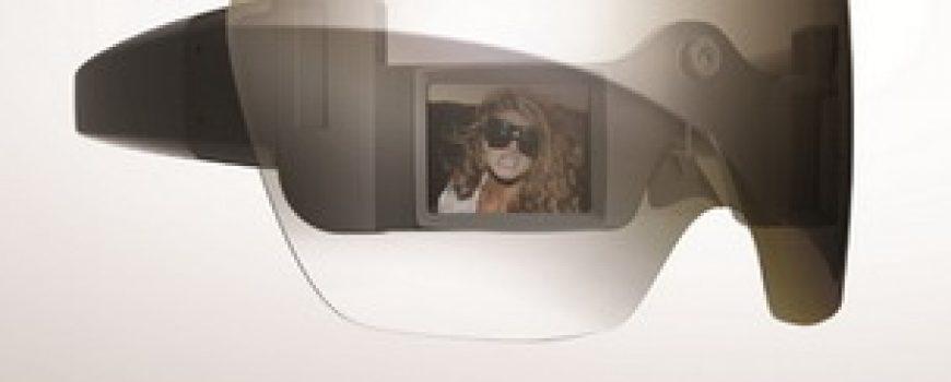 Polaroid Grey Label fotoaparat naočare i Lady Gaga