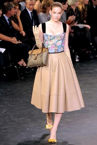 haljine2 Trendovi za sezonu jesen/zima 2010/11.