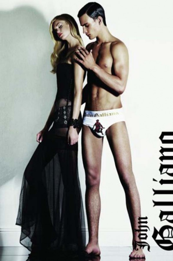 John Galliano fashion underwear 2011 587x882 John Galliano kupaći kostimi i veš