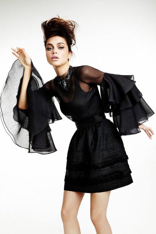 adriana lima6 Adriana Lima & Vogue Brasil