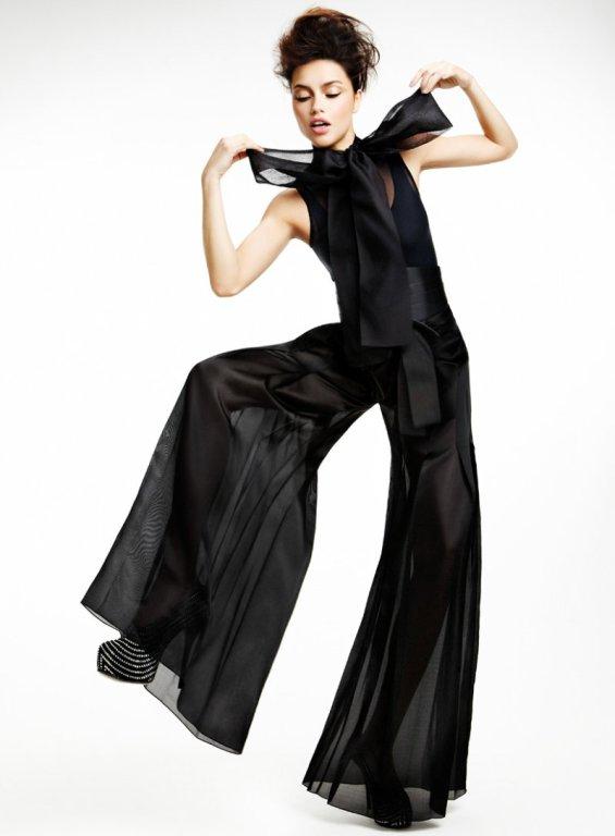 adriana lima7 Adriana Lima & Vogue Brasil