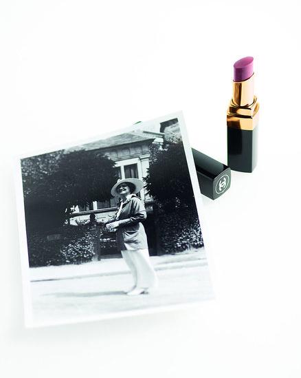 chanel rouge coco shine lipstick 3 Chanel Rouge Coco Shine
