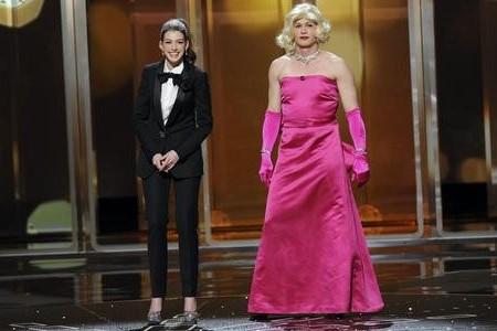 james franco anne hathaway oscar hosts Oskar 2011