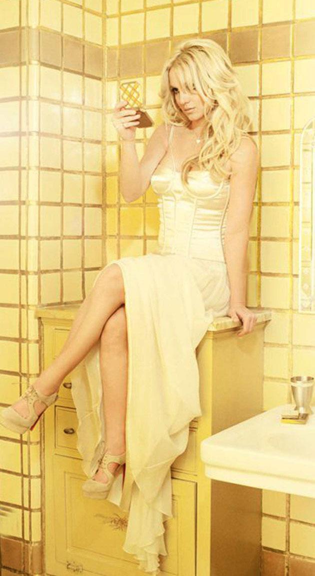 BritneySpears DolceGabbana03 Dolce & Gabbana za Britney Spears Femme Fatale