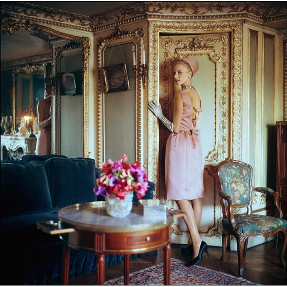 Dior 1960   photo by Mark Shaw 3.209161542 large Kako funkcioniše visoka moda