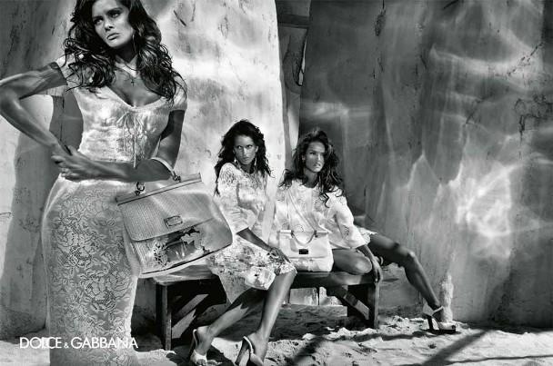 izabel goulart maryna linchuk alessandro ambrosio isabeli fontana steven klein dolce gabbana spring summer 2011 4 Dolce & Gabbana reklamna kampanja za proleće/leto 2011.
