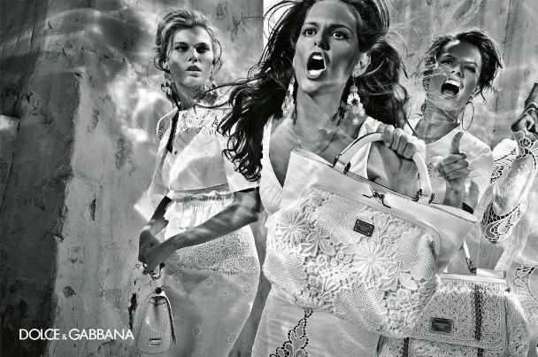 izabel goulart maryna linchuk alessandro ambrosio isabeli fontana steven klein dolce gabbana spring summer 2011 5 Dolce & Gabbana reklamna kampanja za proleće/leto 2011.