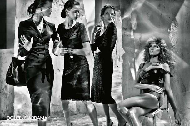 izabel goulart maryna linchuk alessandro ambrosio isabeli fontana steven klein dolce gabbana spring summer 2011 7 Dolce & Gabbana reklamna kampanja za proleće/leto 2011.