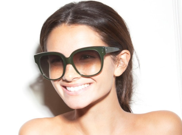 naslovna2 Victoria Beckham Eyewear kolekcija za proleće/leto 2011.