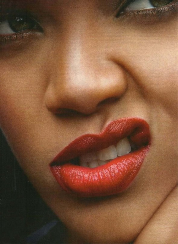 rihanna vogue Rihanna za aprilski Vogue