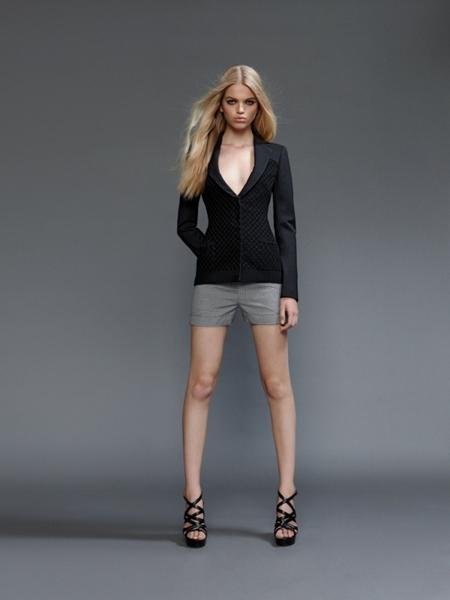 versace2011springwomen 13 Versace lookbook proleće/leto 2011.
