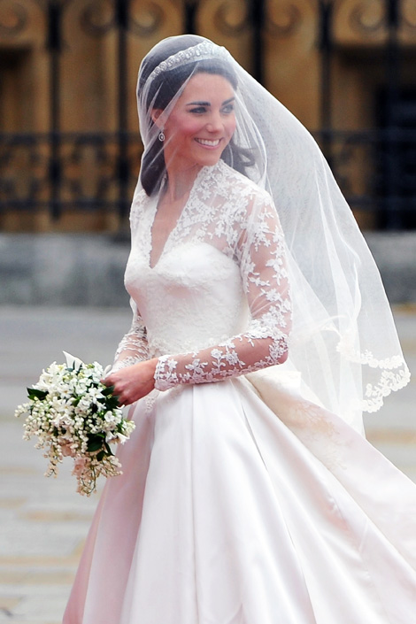 01 Catherine Middleton Royal Wedding Fashion