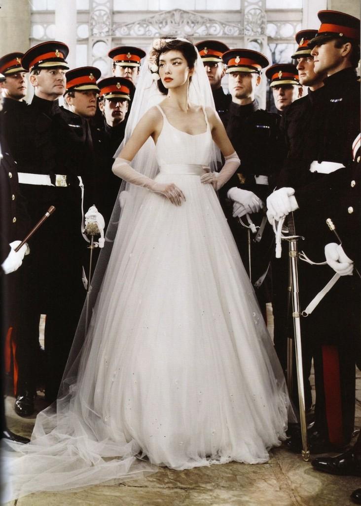 08 Wedding Belles Fei Fei Sun 2 732x1024 Britanski Vogue najavljuje kraljevsko venčanje