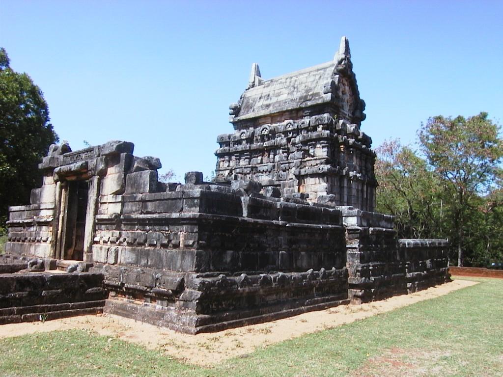 20020905 Sri Lanka 01 Nalanda Gedige 1024x768 Šri Lanka