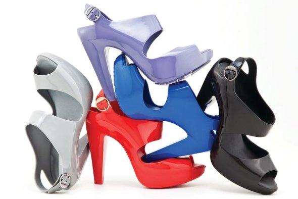 41083 429356618540 178102923540 5090835 1018940 n1 Melissa plastic dreams lookbook za proleće/leto 2011.