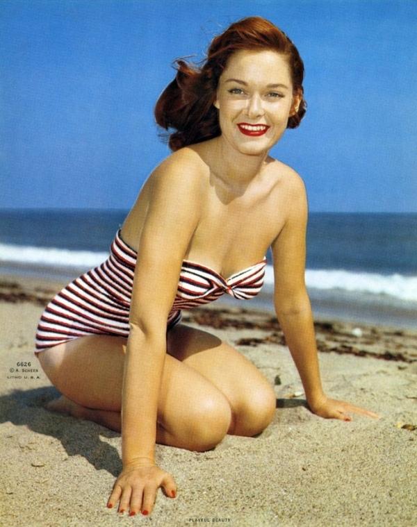 4704742588 28712cb287 b.172132956 large Vintage swimwear