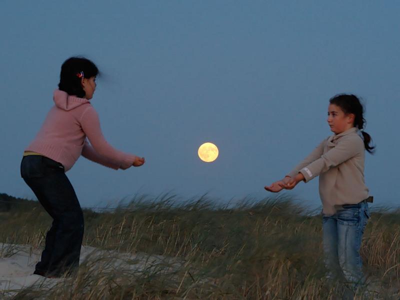 ATT0004624 Mesečeva umetnost