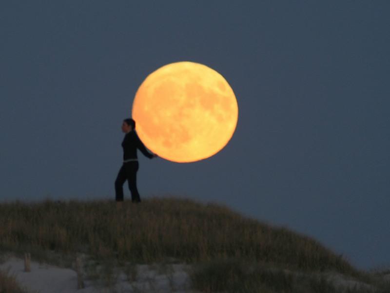 ATT000855 Mesečeva umetnost