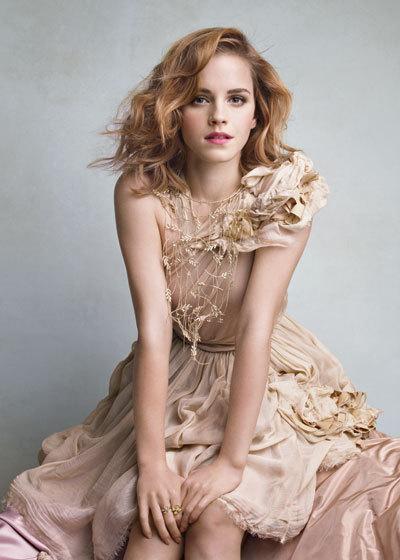 Emma Watson Photoshoot 062 Patrick Demarchelier 2010 anichu90 17188655 400 560 Patrick Demarchelier: čovek sa čarobnim dodirom