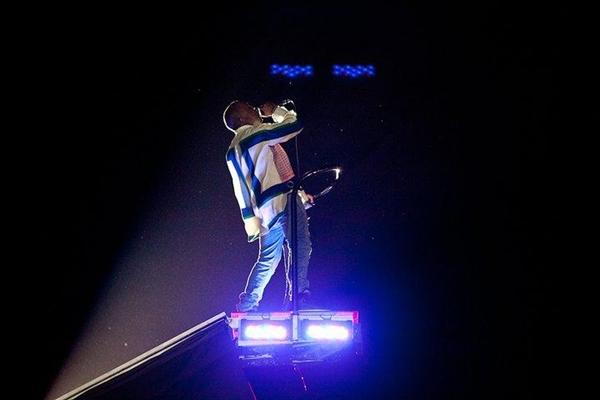 KANYE61 Kanye West @ Coachella 2011.