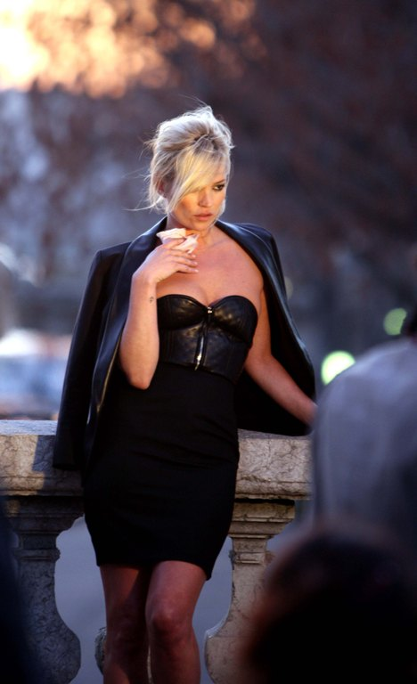 Kate Moss at the Yves Saint Laurent photoshoot in Paris 2220 122 375lo Kate Moss