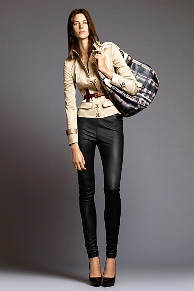 burberrylondonmenwomenswear2011springsummer1292292077 0 Lookbook Burberry London proleće 2011.