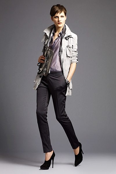 burberrylondonmenwomenswear2011springsummer1292292127 Lookbook Burberry London proleće 2011.