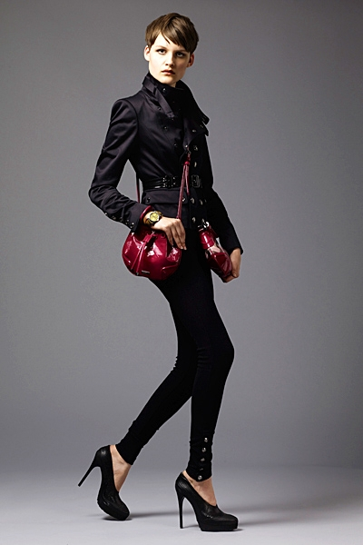 burberrylondonmenwomenswear2011springsummer1292292143 Lookbook Burberry London proleće 2011.