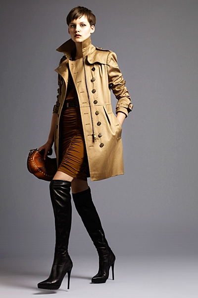 burberrylondonmenwomenswear2011springsummer1292292156 Lookbook Burberry London proleće 2011.