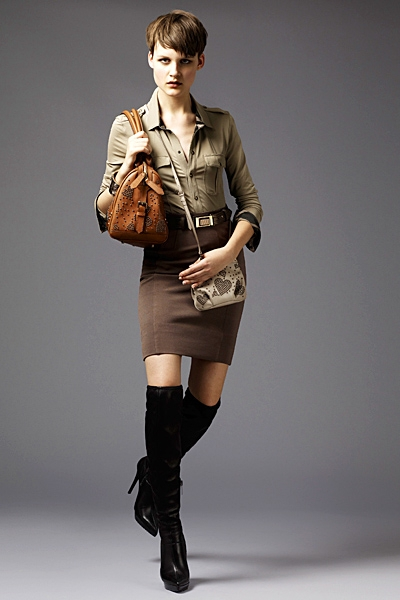 burberrylondonmenwomenswear2011springsummer1292292164 Lookbook Burberry London proleće 2011.