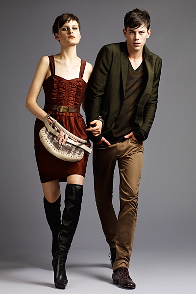 burberrylondonmenwomenswear2011springsummer1292292174 Lookbook Burberry London proleće 2011.