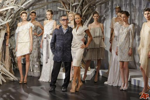fashion tadashi shoji spring 2011 2010 9 13 17 41 25 Tadashi Shoji