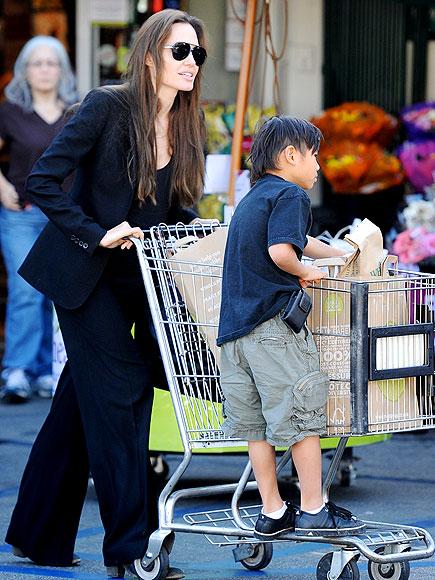 fef Angelina i Bred roditelji po sedmi put?