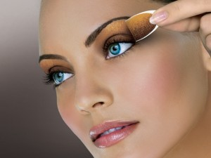 gold 300x225 7 sexy make up izgleda