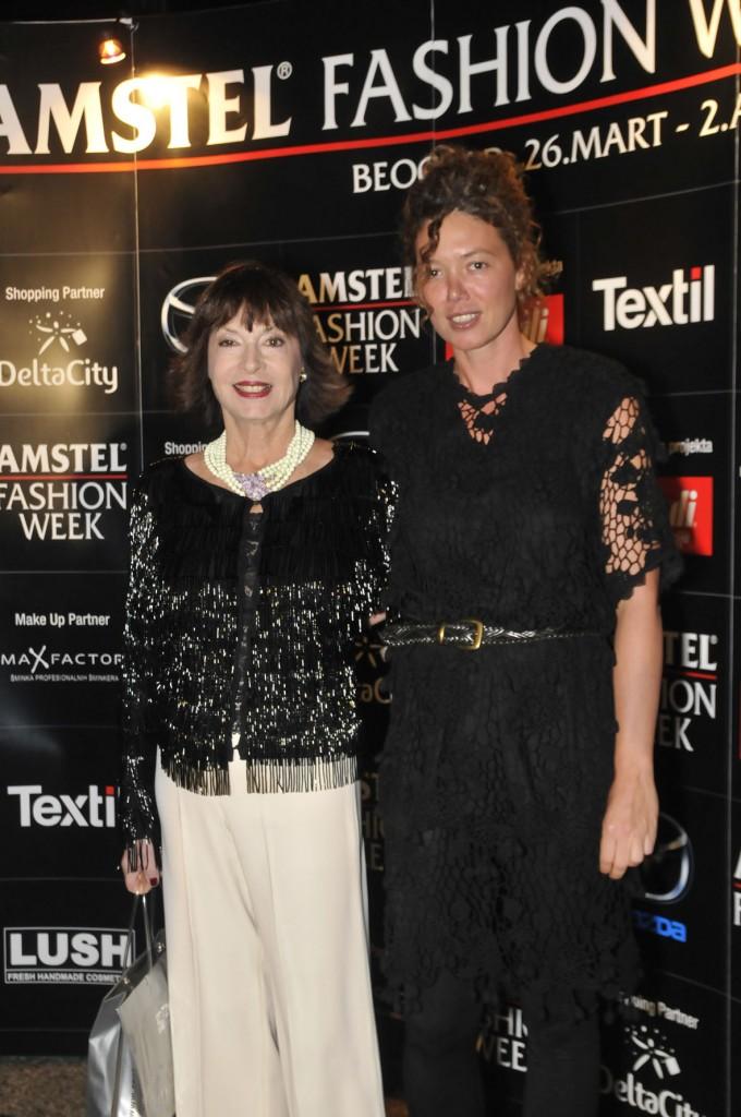 jelisaveta karadjordjevic i ana sekularac 680x1024 29. Amstel Fashion Week – svečana dodela nagrada