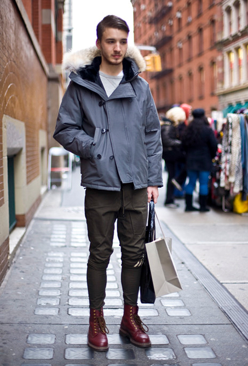 ny dr martens boots photo by phil oh Street style man